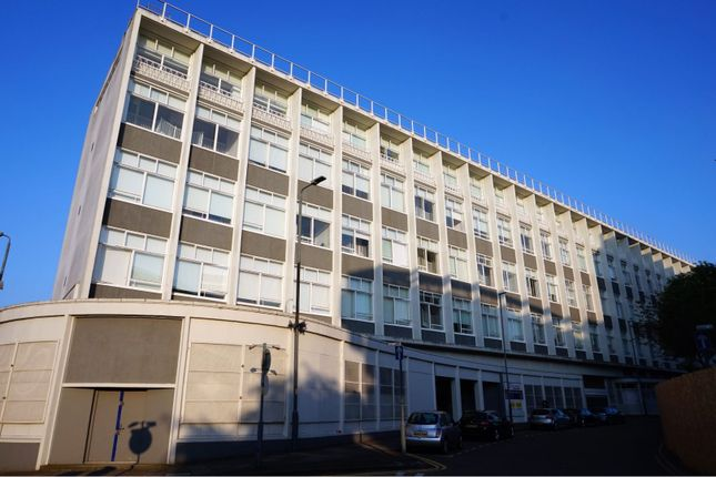 Thumbnail Flat for sale in 5 Lee Street, Leicester