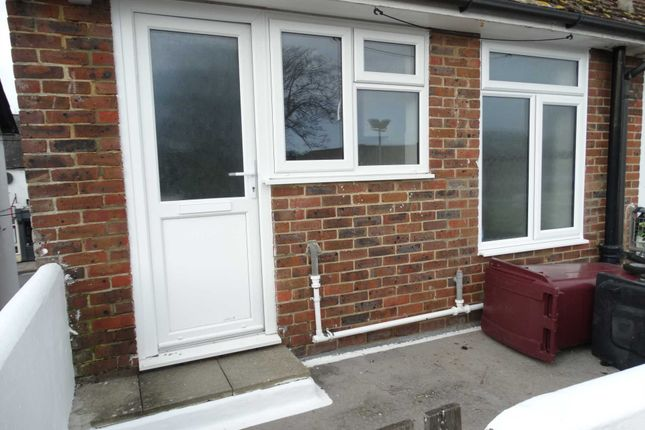 2 bed maisonette to rent in High Street, Selsey PO20