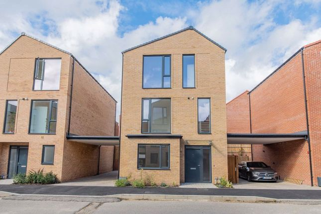 Thumbnail Detached house to rent in Peter Collinson Vale, Mill Hill, London