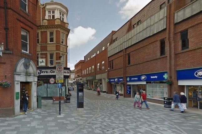 1 bed flat to rent in High Street, Maidenhead