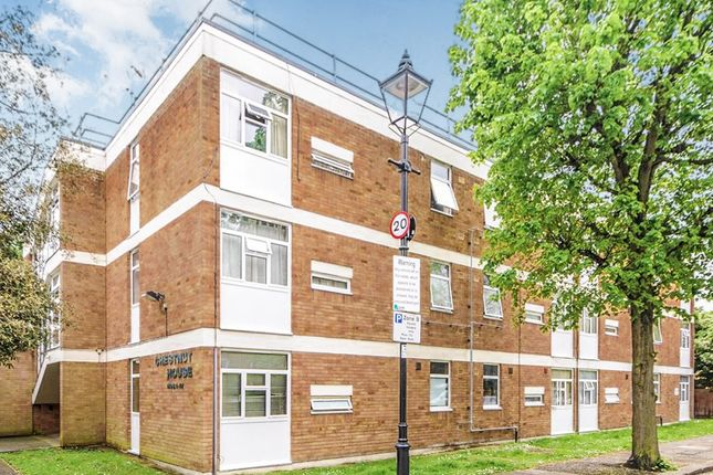 Thumbnail Flat for sale in The Orchard, London
