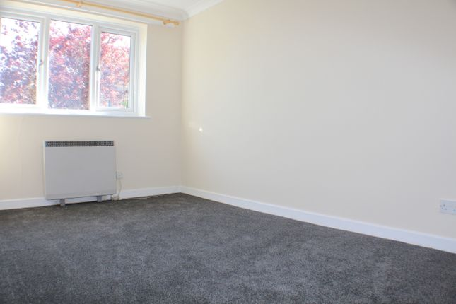 Bedroom 2 of Mayfield Road, Lyminge CT18