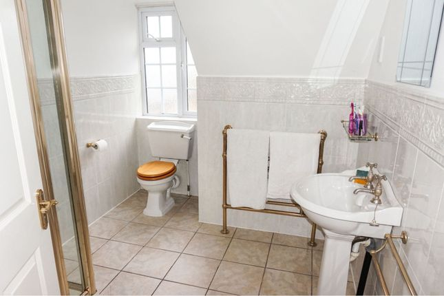 Shower Room of Oxton Hill, Southwell NG25