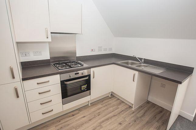 2 bedroom flat for sale in 6 Primrose Court, Colden Common
