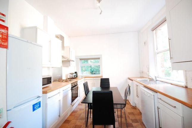 5 bed terraced house to rent in Osborne Road, Jesmond, Newcastle Upon Tyne NE2
