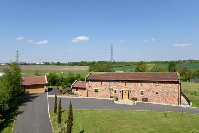 Thumbnail Barn conversion for sale in Aberford Road, Stanley, Wakefield