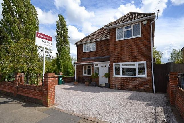 Thumbnail Detached house for sale in Old Charlton Road, Shepperton