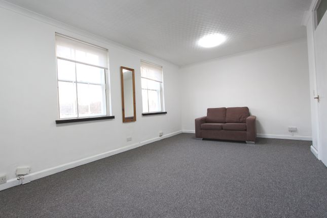 Thumbnail Flat for sale in Parkhurst Road, Holloway