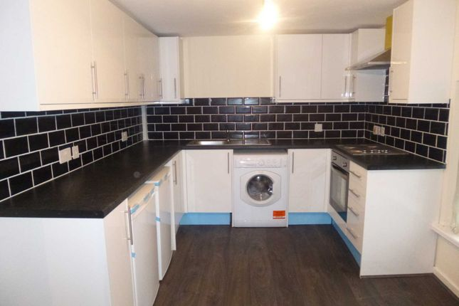 Thumbnail Flat to rent in Flat2, 2 Chapel Street, Levenshulme