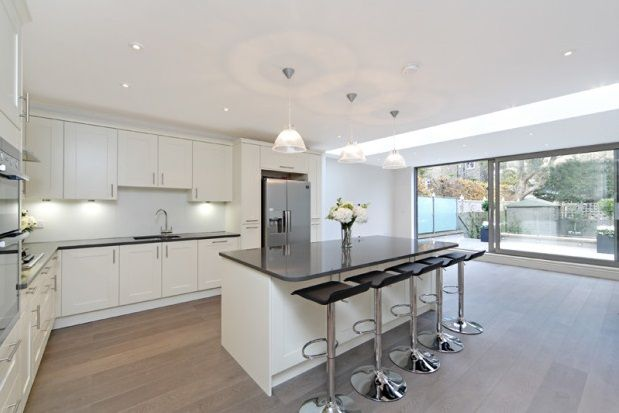 Thumbnail Property to rent in Napier Avenue, Fulham