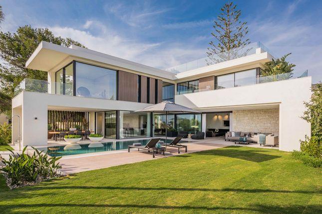 Villa for sale in Marbesa, Costa Del Sol, Spain