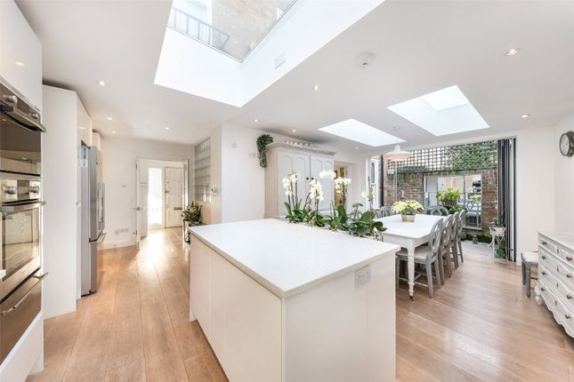 Thumbnail End terrace house for sale in Moore Park Road, Fulham, London