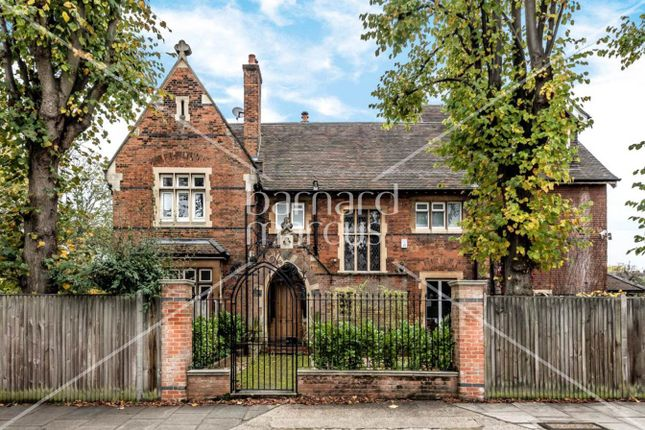 Thumbnail Detached house for sale in Vicarage Road, East Sheen, London