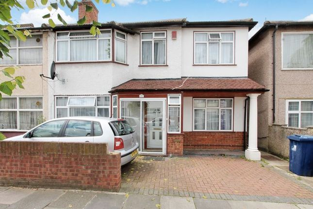 Thumbnail End terrace house to rent in Mount Avenue, Southall