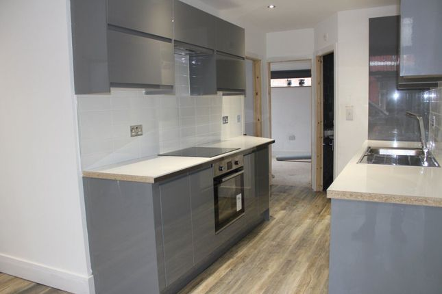 Thumbnail Property to rent in Deyne Avenue, Manchester