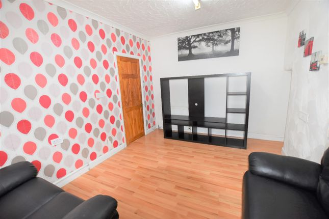 Thumbnail Terraced house to rent in Southcroft Road, Furzedown