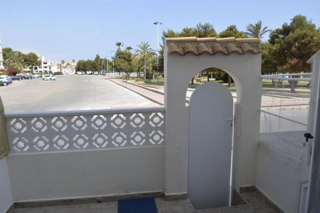 4 bed bungalow for sale in Torrevieja, Alicante, Spain