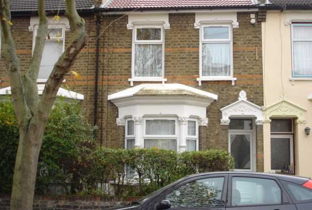 Thumbnail Terraced house to rent in Lincoln Road, London