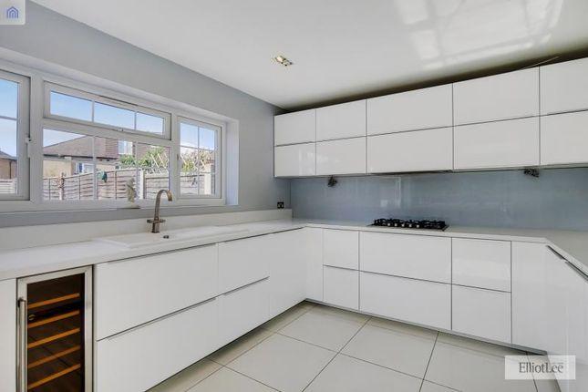 6_Kitchen-Dining Room-2