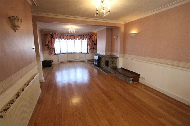 3 bed terraced house to rent in Salisbury Hall Gardens, London