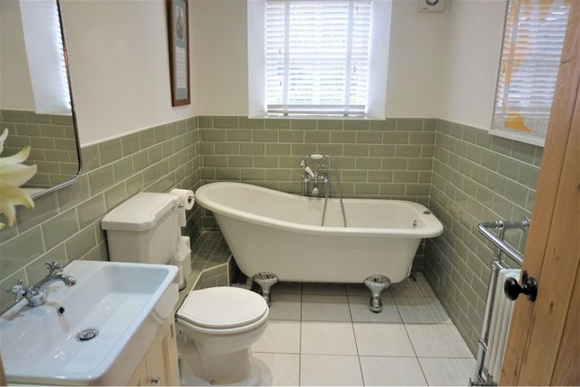 Bathroom of Menlove Avenue, Liverpool L25