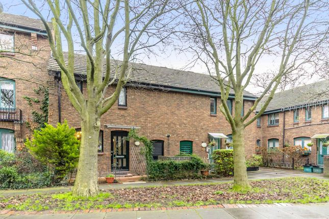 Thumbnail Property to rent in Colebeck Mews, Canonbury, London