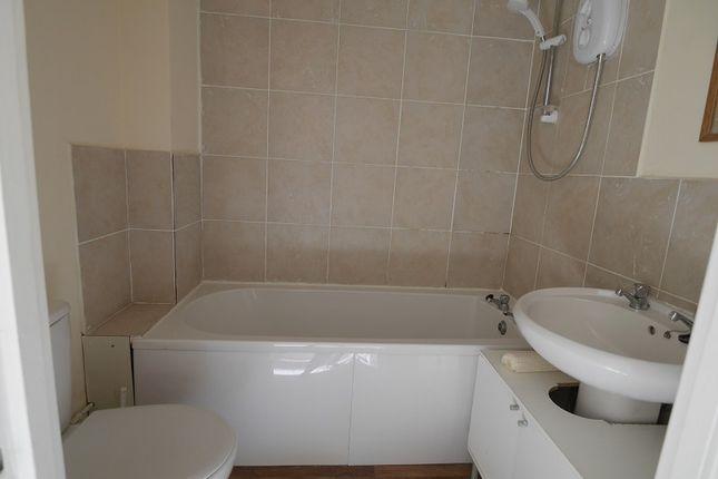 Bathroom of 72 South Street, Ventnor, Isle Of Wight PO38