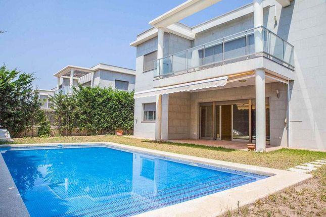 Thumbnail Villa for sale in El Bosque Chiva, Valencia, Spain
