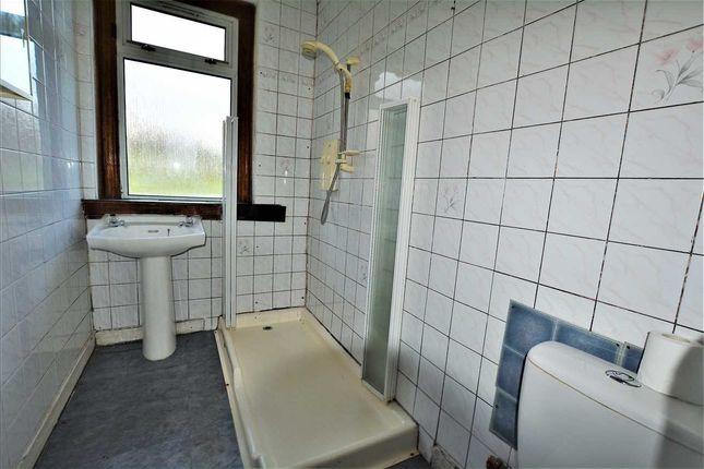 Bathroom of Royston Road, Glasgow G21