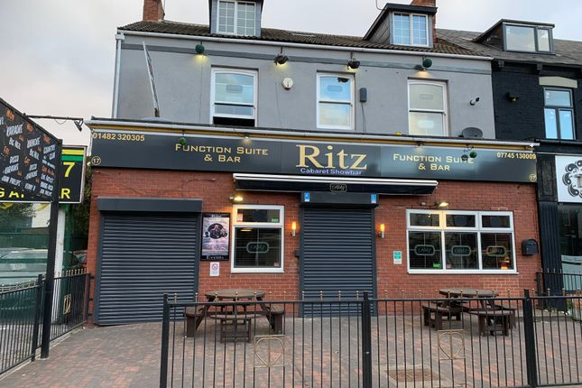 Thumbnail Pub/bar for sale in Holderness Road, Hull