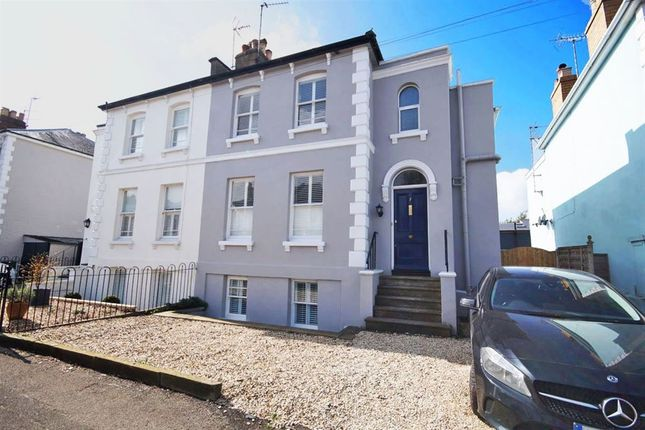 Thumbnail Property to rent in Kings Road, Cheltenham