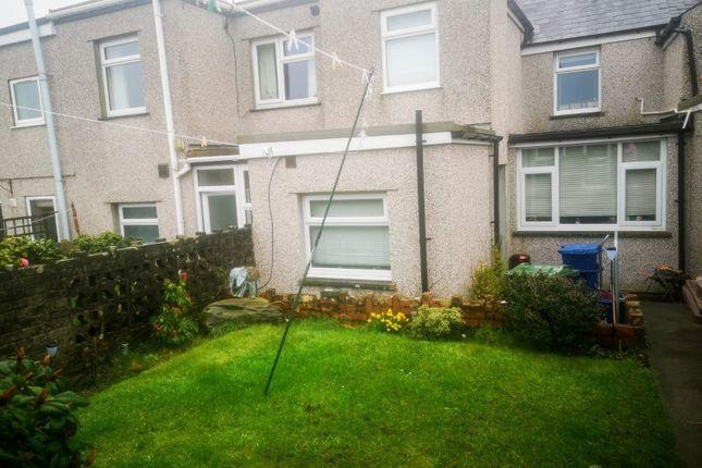 Thumbnail Property for sale in Rhedyw Road, Llanllyfni, Caernarfon