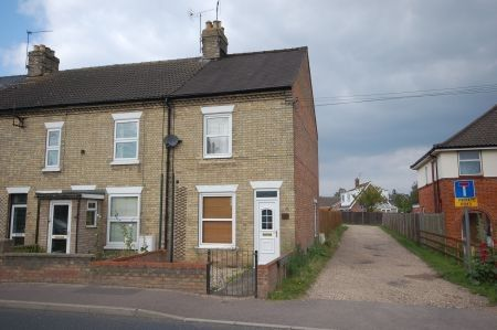 Thumbnail End terrace house to rent in Norwich Road, Thetford