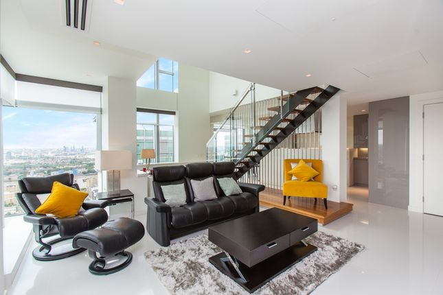Thumbnail Flat for sale in Pan Peninsula Square, East Tower, Canary Wharf
