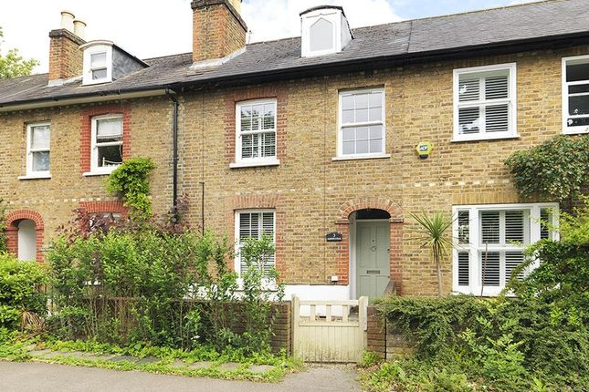 Thumbnail Terraced house for sale in Portsmouth Road, Thames Ditton