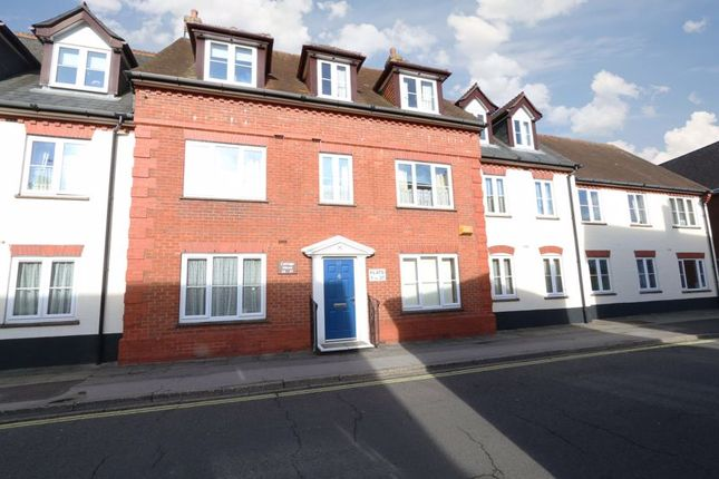 Thumbnail Flat for sale in Cottage Mews, Ringwood