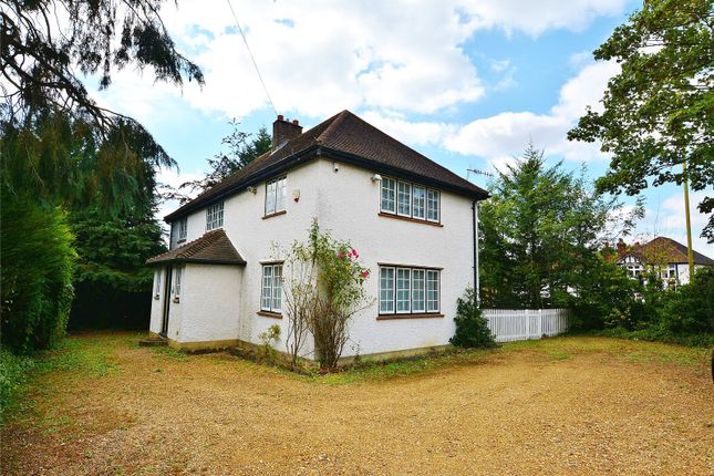 Thumbnail Property to rent in Oxhey Road, Watford, Hertfordshire