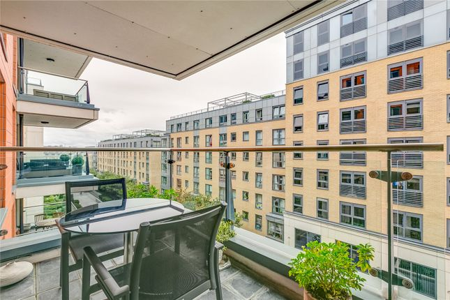 Thumbnail Flat to rent in Fountain House, The Boulevard, London