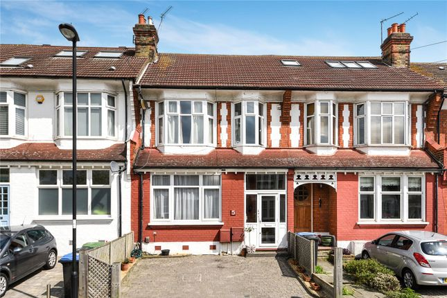Thumbnail Flat for sale in The Crest, Palmers Green, London