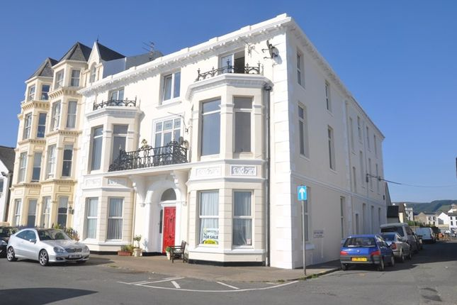 Thumbnail Flat for sale in Prince Of Wales Court, Ramsey