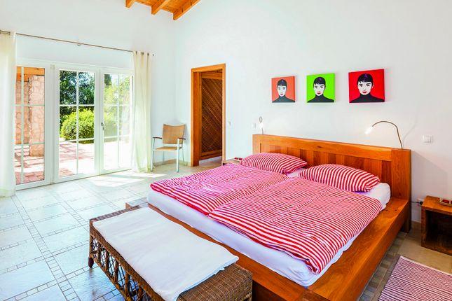 Bedroom 2 of Mexilhoeira Grande, Portimão, Portugal