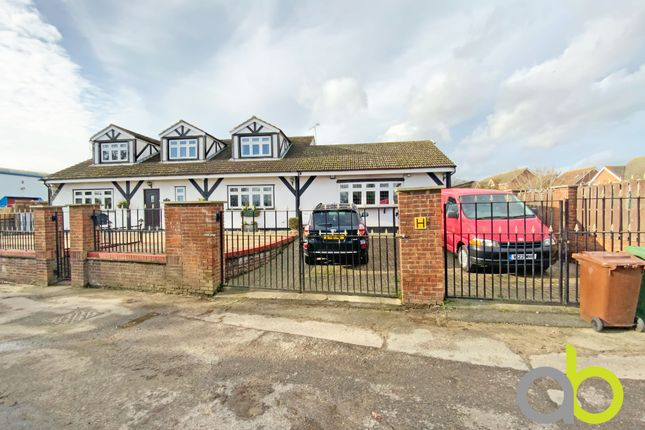 Thumbnail Detached house for sale in Sandy Lane, Chadwell St Mary, Grays