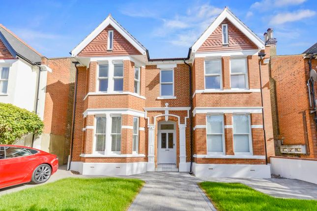 1 bed flat for sale in Inglis Road, London