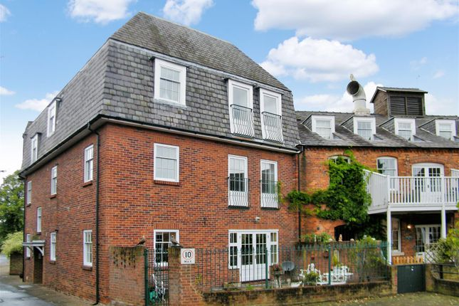 Thumbnail Flat for sale in Mill Drive, Grantham