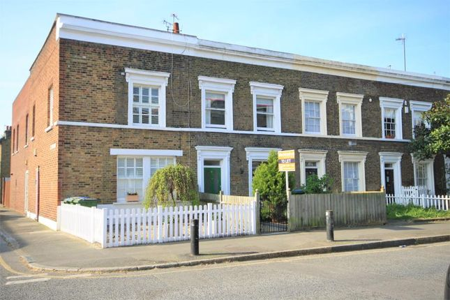 Thumbnail Property to rent in Pelton Road, Greenwich