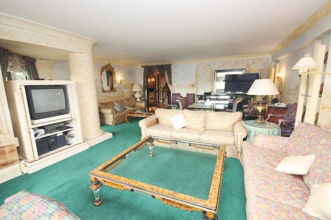 Thumbnail Flat for sale in Prince Albert Road, Regents Park, London