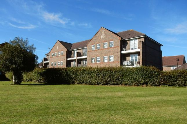 Flat for sale in Beckett Road, Netherne On The Hill, Coulsdon