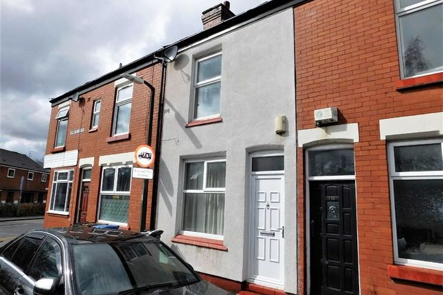 2 bed terraced house to rent in Shaw Road South, Shaw Heath, Stockport