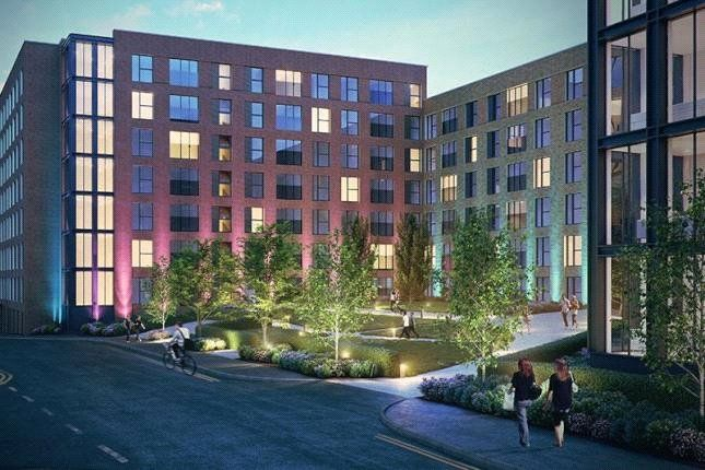 Thumbnail Flat for sale in The Crescent, Salford, Manchester