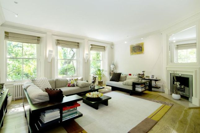 Thumbnail Terraced house for sale in Kensington Square, London